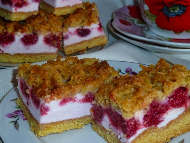 Ciasto malinowa rozpusta, ciasto z malinami, deser z malinami, wypiek z malinami