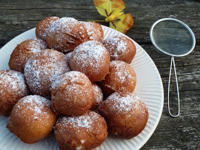 https://kolorowyprzepisownik.pl/2017/01/faworki-cake-pops-i-faworki-dwa-kolory/