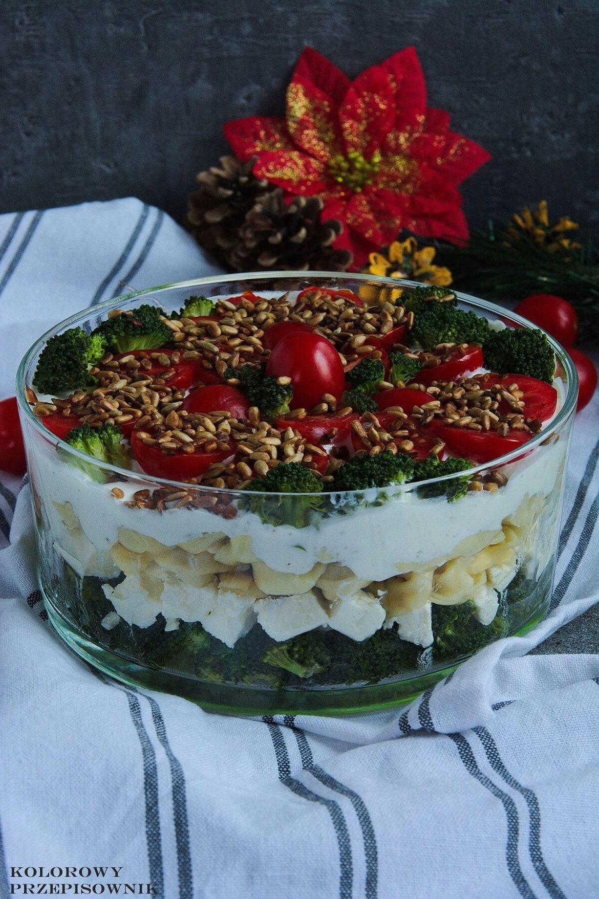 Salatka Warstwowa Z Brokulem I Tortellini Kolorowy Przepisownik