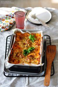 Lazania po bolonsku, lasagne bolognese, wloska lasagne, sos beszamelowy, sos bolognese - Kolorowy Przepisownik