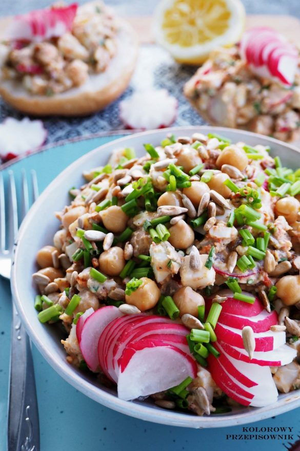 Salatka jajeczna z rzodkiewka i cieciorka, salatka z jajkami, salatka na Wielkanoc, salatka na sniadanie, pomysl na kolacje - Kolorowy Przepisownik, sprawdzone przepisy