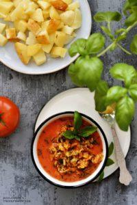 Zupa kapusciana w pomidorach, zupa z kapusty, zupa z kapusty wloskiej, pomidorowa z kapusty wloskiej, zupa z kapusta wloska, kapusniak - Kolorowy Przepisownik, sprawdzone przepisy