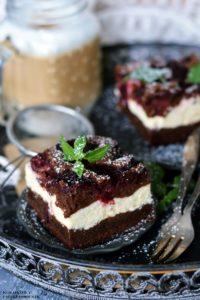 Sernik brownie z wisniami, sernikobrownie, sernik z wisniami, sernik czekoladowy z wisniami - Kolorowy Przepisownik sprawdzone przepisy