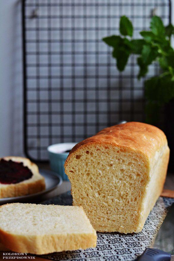Chleb tostowy, przepis na chleb tostowy, puszysty chleb na drozdzach, domowy chleb, pieczywo - Kolorowy Przepisownik, sprawdzone przepisy